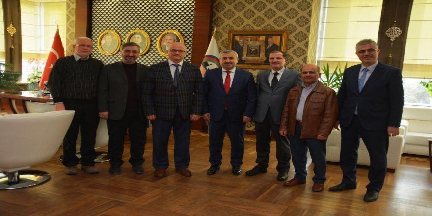 Başkan Baran, Umre dönüşü misafirlerini ağırlıyor