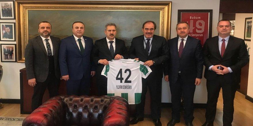 Konyaspor'dan Demirören'e ziyaret