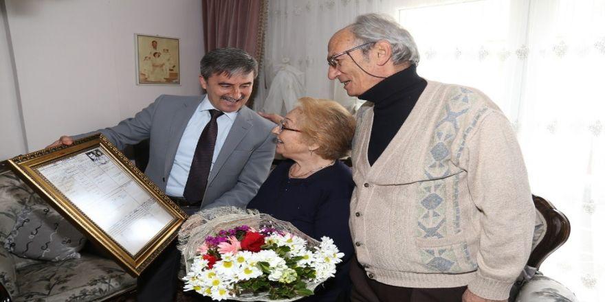 50 yıllık çifti şaşırtan ziyaret