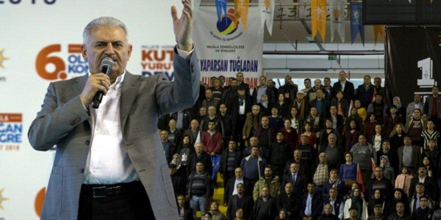 ''Bizi Afrin'e götür'' sloganlarına verdiği cevap, kongreye damga vurdu !