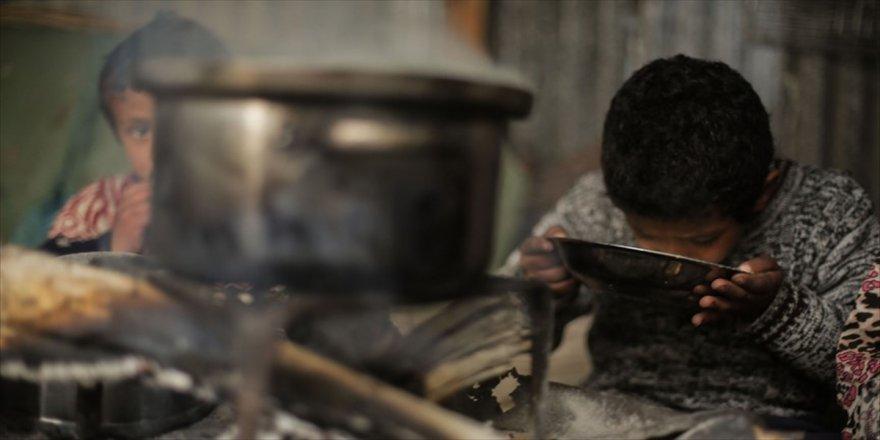 İsrail'den yardımların Gazze'ye girişine izin kararı