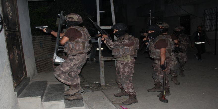 FETÖ operasyonu: 7 gözaltı