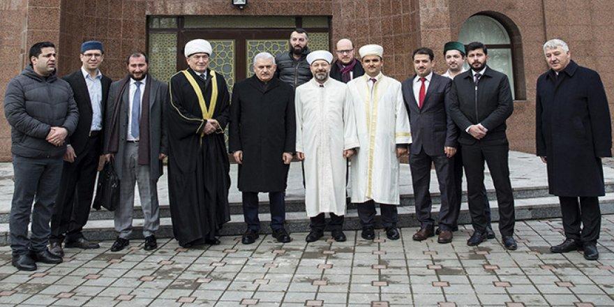 Yıldırım, Minsk Camii'ni ziyaret etti