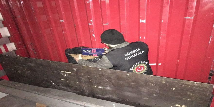 Kocaeli'de 200 bin liralık kaçak sigara ele geçirildi