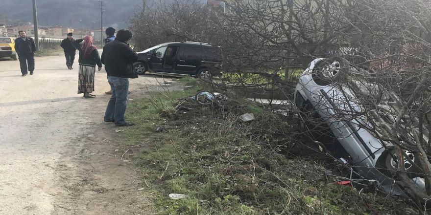 17 yaşındaki genç kız yayalara çarptı: 1 ölü, 3 yaralı