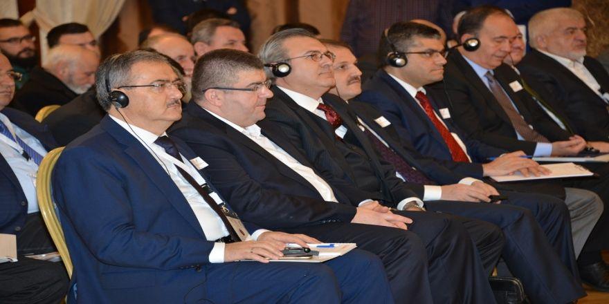 Rektör Şahin, Balkan Konferansı'nda