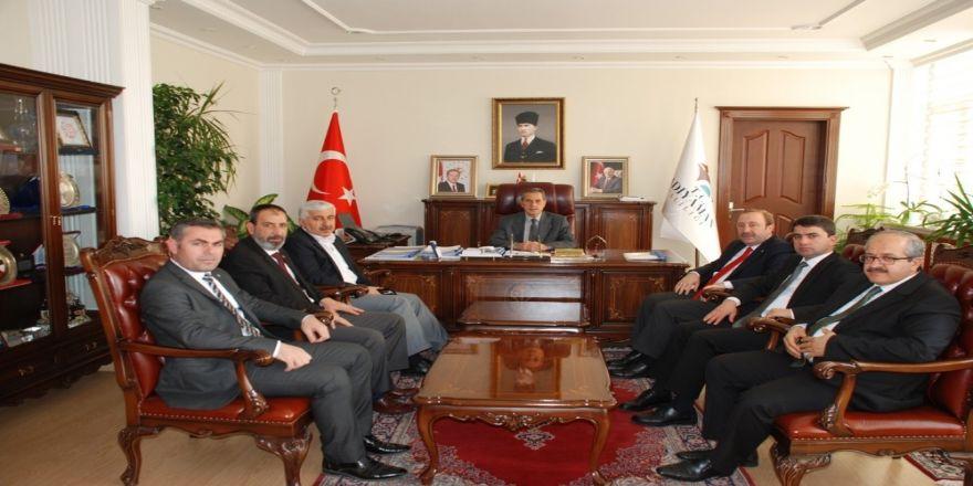 Başkan Öztürk Vali Kalkancı'yla bir araya geldi
