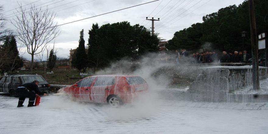 Park halindeki otomobil dehşet saçtı!