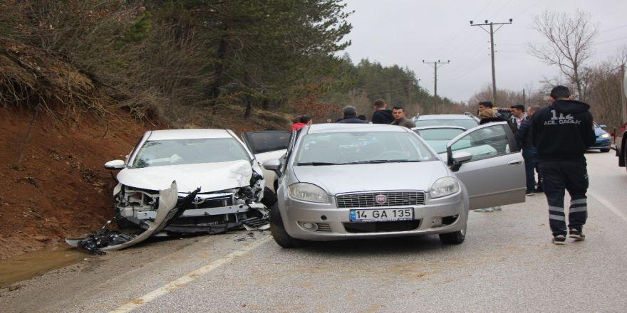 Abant Tabiat Parkı yolunda trafik kazası: 8 yaralı