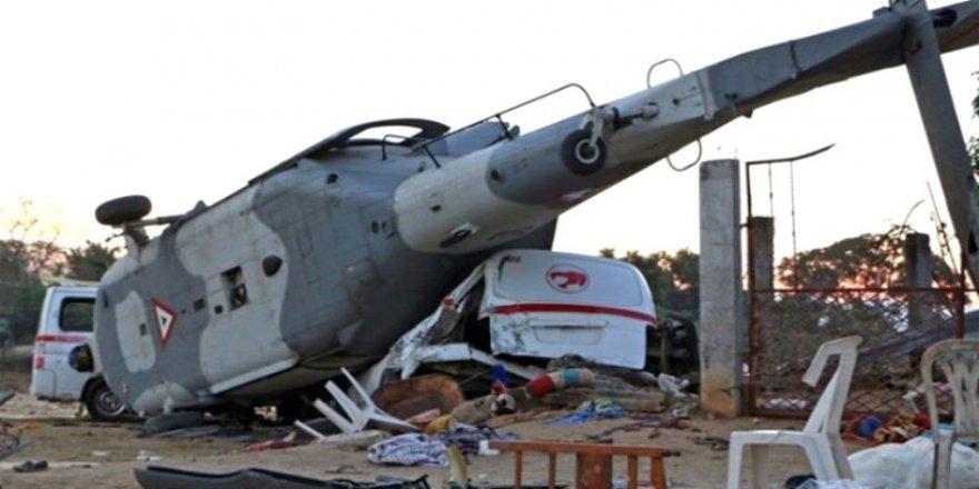 Bakan'ı taşıyan helikopter düştü: 13 ölü!