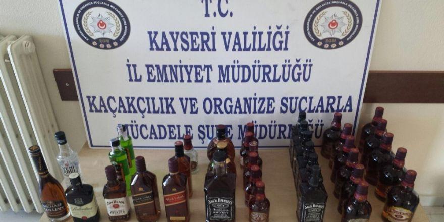 35 şişe kaçak içki ve 2 bin 350 paket kaçak sigara ele geçirildi