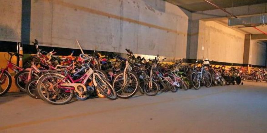 Ataşehir'de Bisikletler çocuklar için birikiyor
