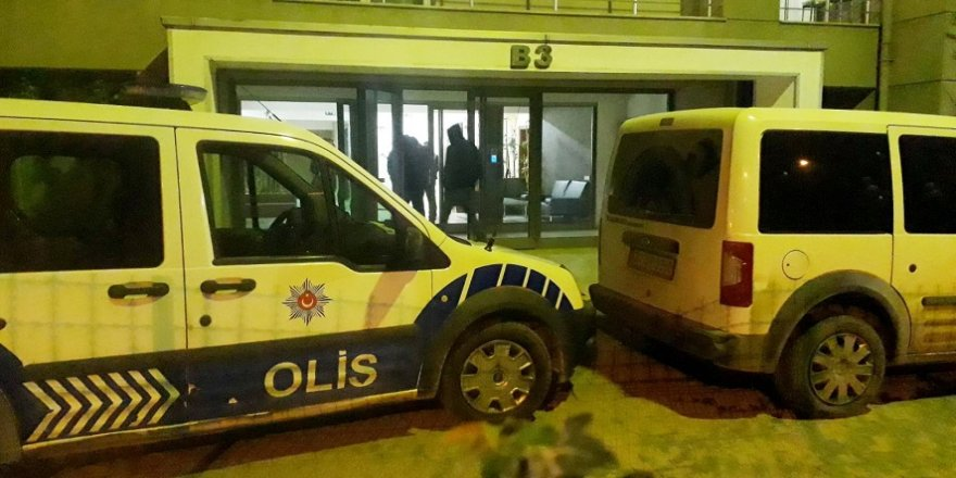 Özel harekat polisi ikna etti