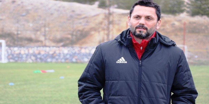 Evkur Yeni Malatyaspor'da kadro sıkıntısı