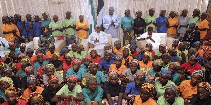 Boko Haram, 111 kız öğrenciyi kaçırdı