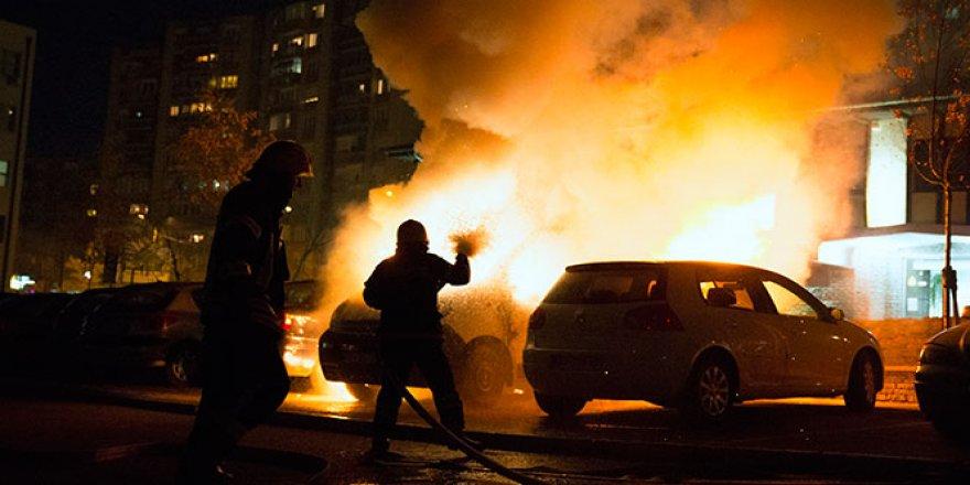 ABD Büyükelçiliğine bombalı saldırı