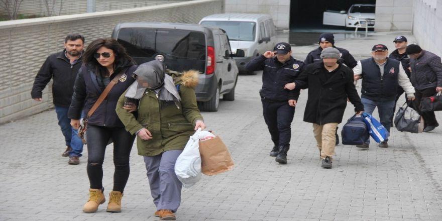 Samsun'da FETÖ'den 6 kişi adliyeye sevk edildi