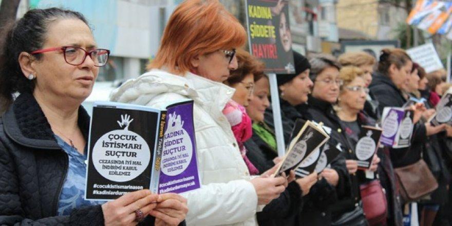 CHP'lilerden sessiz eylem