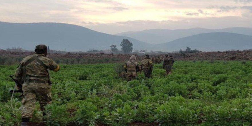 TSK duyurdu: Afrin'de teröristlere ağır darbe!