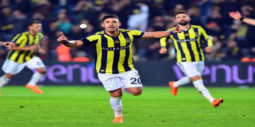 Fenerbahçe galibiyet sayısında önde
