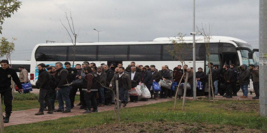 Dev akaryakıt kaçakçılığı operasyonunda 60 kişi adliyeye sevk edildi