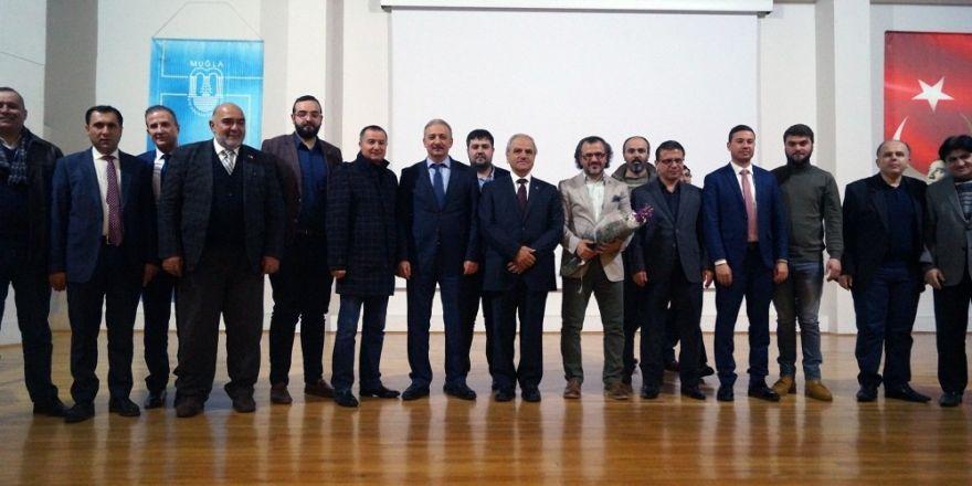 TÜGVA'dan 'Başarı ve Mutluluk için Hayata Gülümse' konferansı