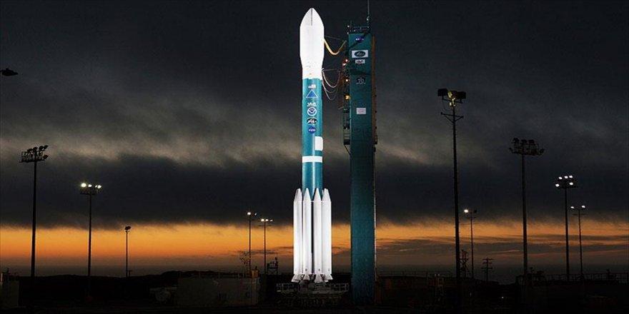 NASA, meteoroloji uydusu fırlattı