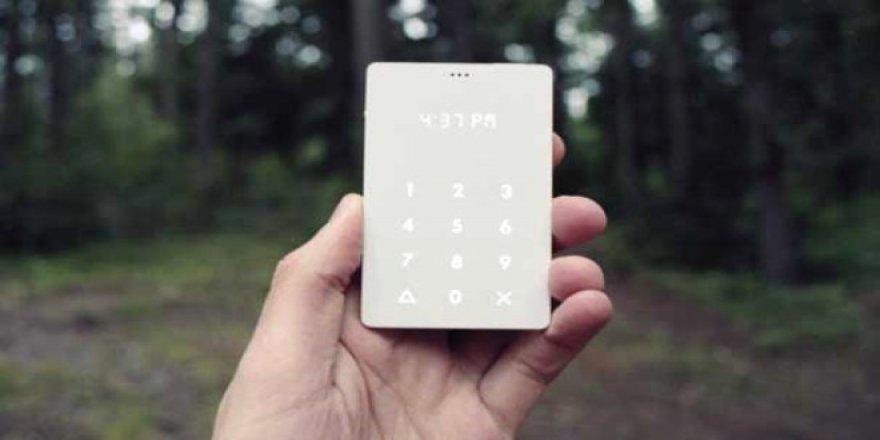 Akıllı telefon hastalığına son: Light Phone !