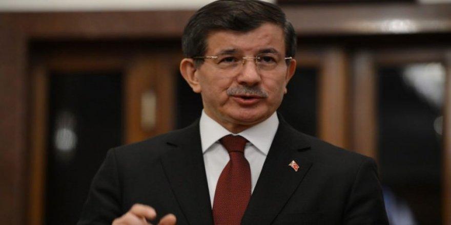 Davutoğlu'ndan eleştirilere jet cevap