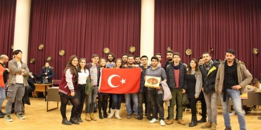 Üniversite öğrencileri Litvanya'da Türk mutfağını tanıttı