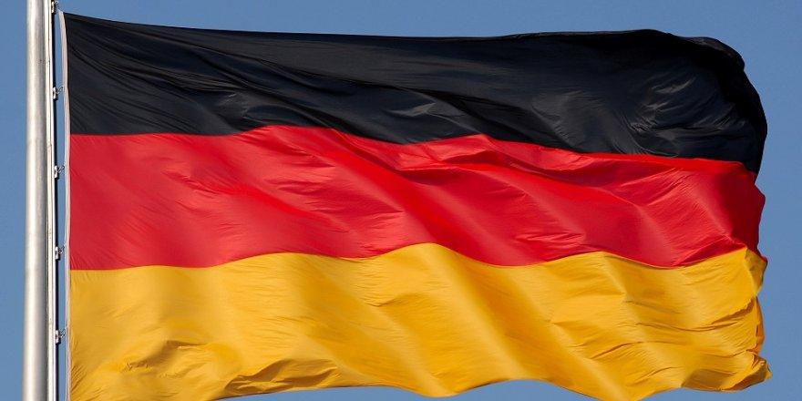 Almanya: Biyolojik saldırıyı önledik