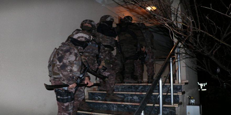 Şafak baskını operasyonunda 40 gözaltı