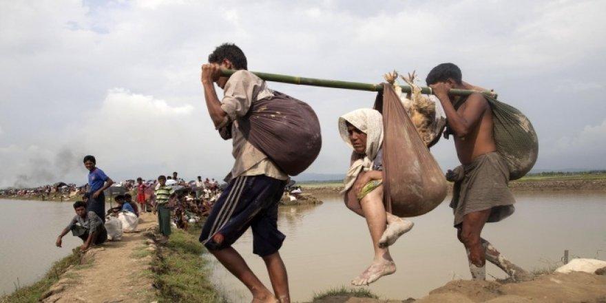 'Rohingya Müslümanlarına yönelik etnik temizlik devam ediyor'