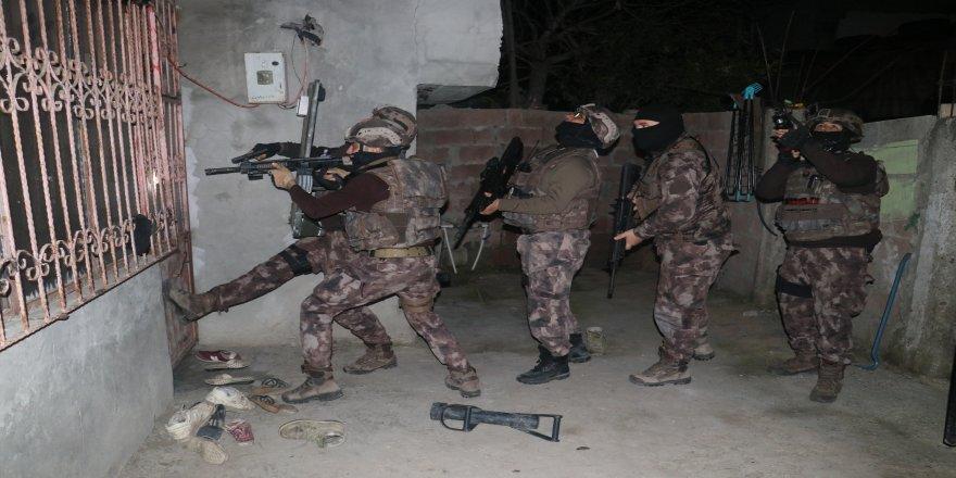 ABD konsolosluğuna saldırı planı yapan DEAŞ'lılar gözaltına alındı