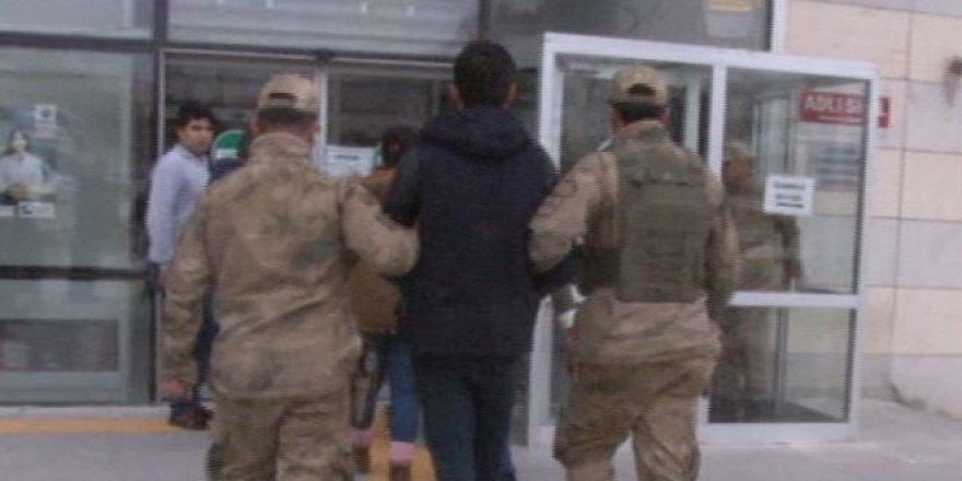 Örgüt propagandasına 2 tutuklama