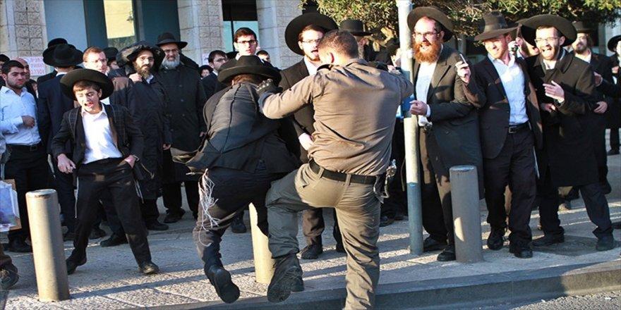 Hükümetin başı Ultra-Ortodoks Yahudilerle dertte