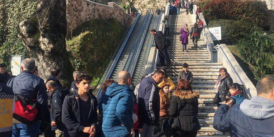 Yürüyen merdivende can pazarı!