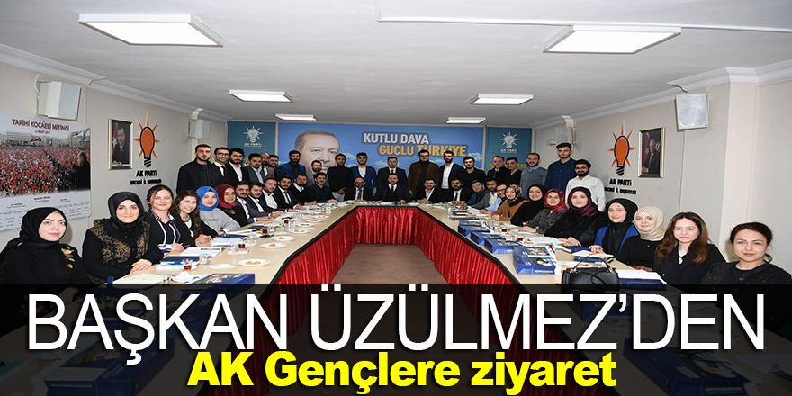 Başkan Üzülmez'den AK gençlere ziyaret