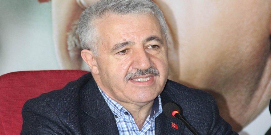 Bakan Arslan, Siyaset Akademisi'ne katıldı