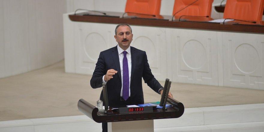 Adalet Bakanı Gül: İttifakın merkezinde halk vardır