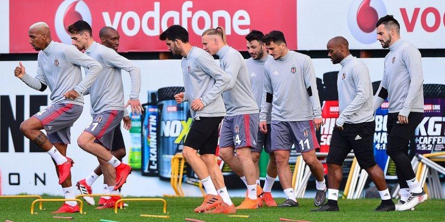 Beşiktaş, Devler Ligi hazırlıklarını sürdürdü