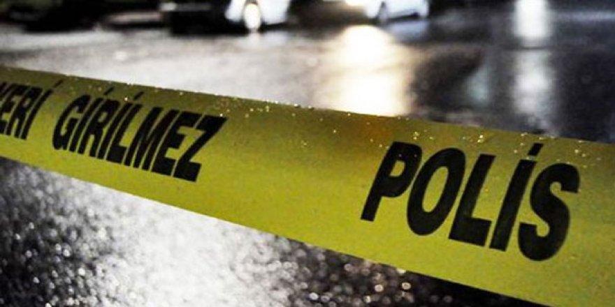 3 yaşındaki çocuğunun gözleri önünde öldürüldü