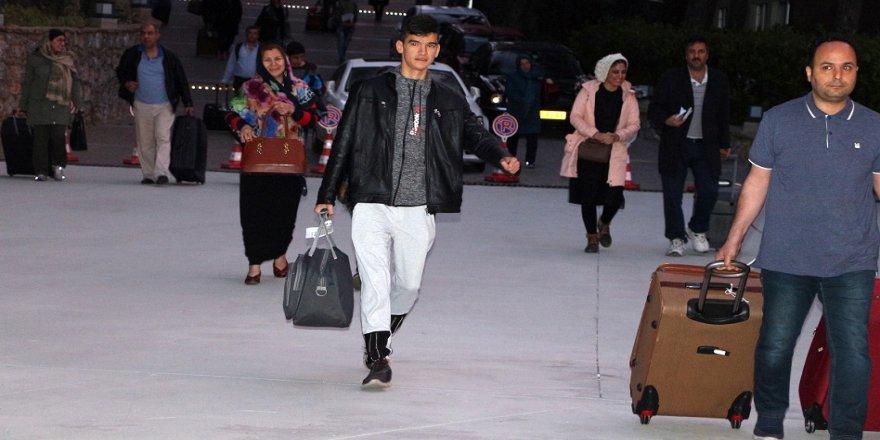 İlk turist kafilesi İran'dan