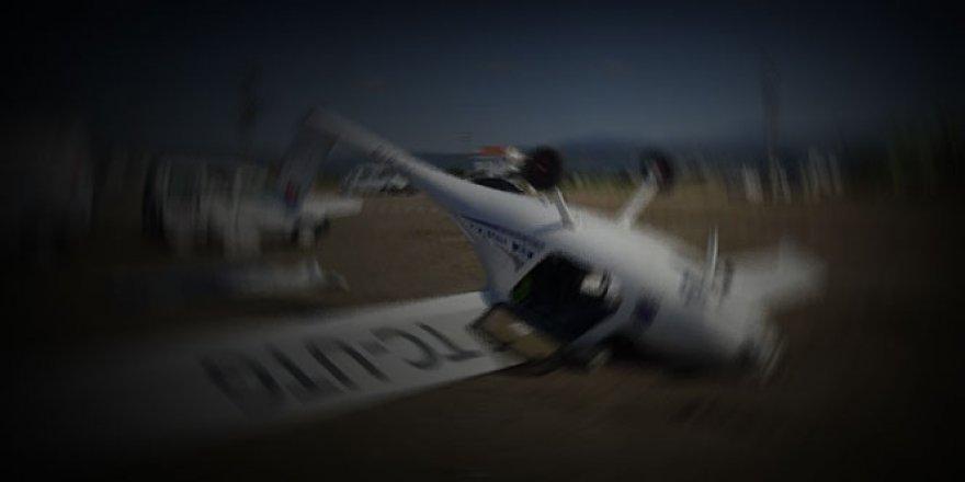 Tek motorlu uçak evin üzerine düştü: 10 ölü