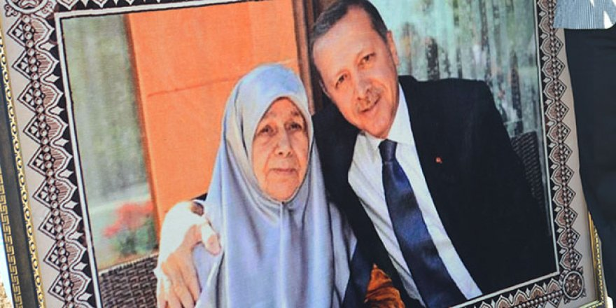 Cumhurbaşkanı Erdoğan sevdasını halıya dokudu