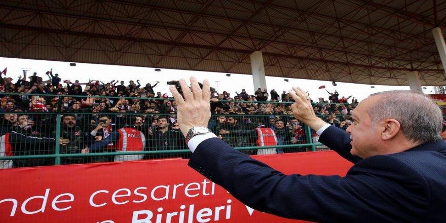 Cumhurbaşkanı Erdoğan, Kocaeli gençliğini selamladı