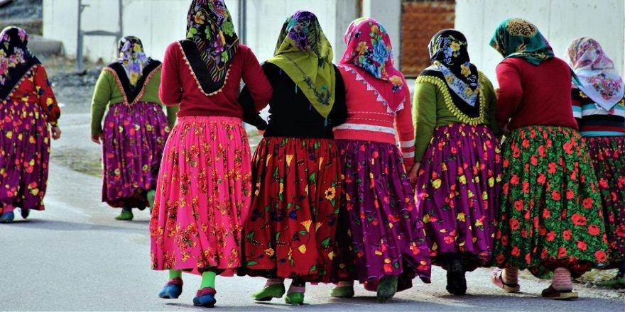 Osmanlı geleneği bu köyde devam ediyor