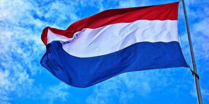 Hollanda, 4 Rus vatandaşını sınır dışı etti