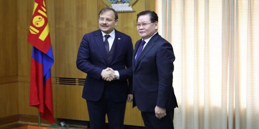 Çavuşoğlu, mevkidaşı Enkhtuvshin ile görüştü