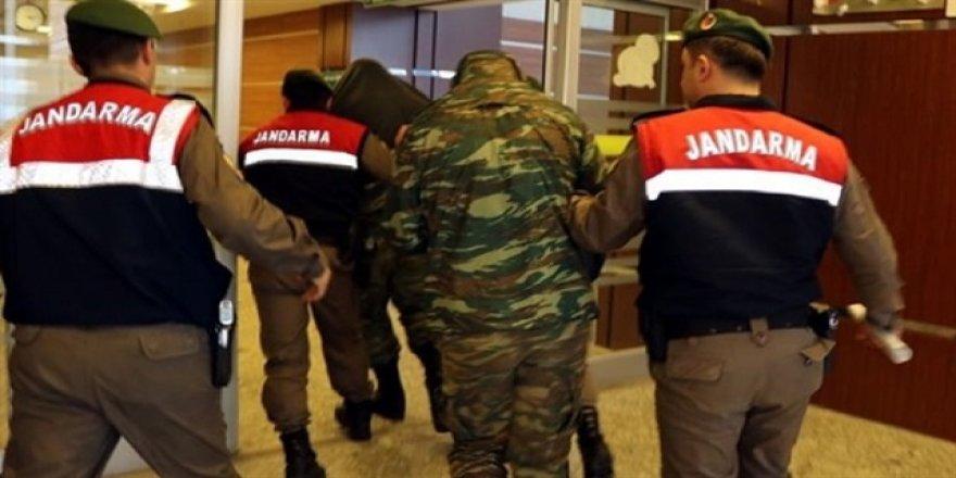 2 Yunan askerinin üzerinden askeri kroki çıktı!